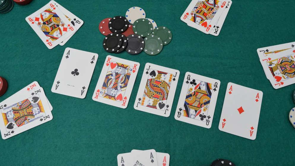 Global Poker Review: Viable Option For Americans Stuck At Home?